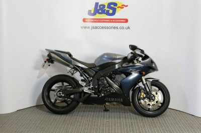 Image of Yamaha YZF R1 05