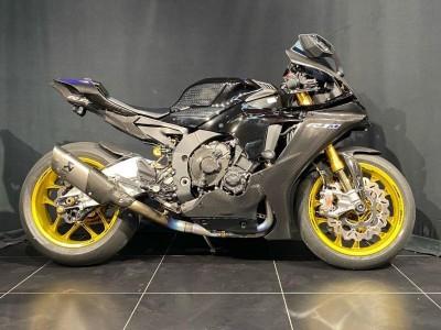 Image of Yamaha YZF-R1M