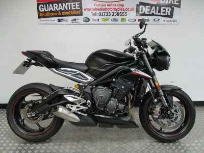 Image of Triumph Street Triple RS