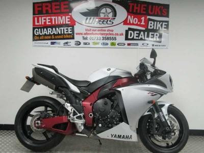 Image of Yamaha YZF R1 09