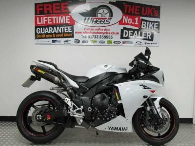 Image of Yamaha YZF R1 10