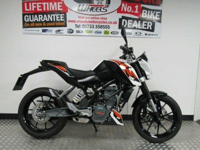 Image of Ktm 125 Duke 16
