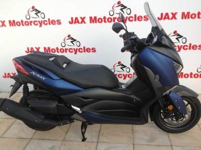 Image of Yamaha X-MAX 400