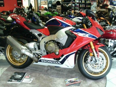 Image of Honda CBR1000RR FIREBLADE