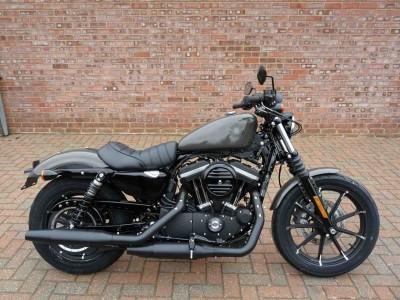 Image of Harley-Davidson SPORTSTER 883 IRON
