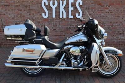 Image of Harley-Davidson TOURING Flhtcui