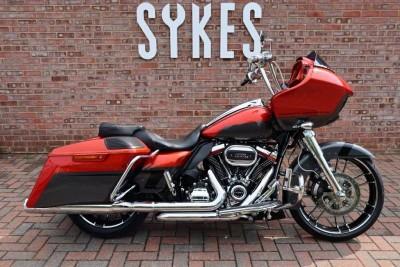 Image of Harley-Davidson ROAD GLIDE CVO