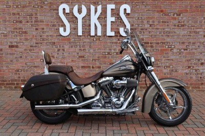 Image of Harley-Davidson CVO SOFTAIL CONVERTIBLE