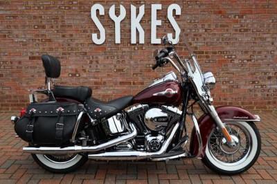 Image of Harley-Davidson HERITAGE SOFTAIL CLASSIC