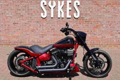 Image of Harley-Davidson SOFTAIL CVO PRO STREET BREAKOUT