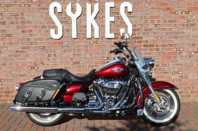 Image of Harley-Davidson TOURING ROAD KING CLASSIC