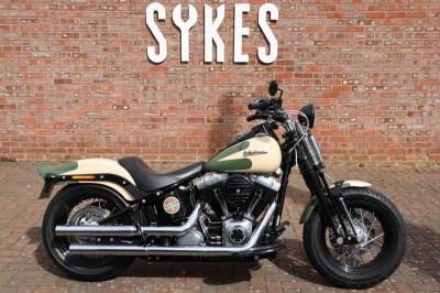 Image of Harley-Davidson SOFTAIL CROSS BONES