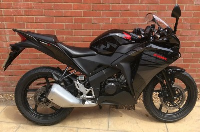 Image of 2015 (65)Honda CBR125 R-F Learner Legal Black Clean with History MOT